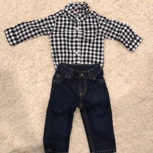 Carters 9 month set
